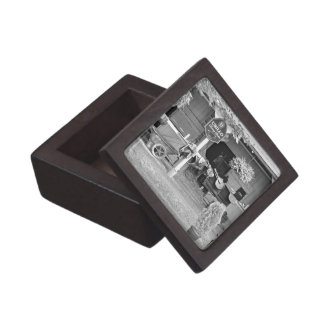 "Saratoga Stables ""Horse Haven"" Jewelry Box"