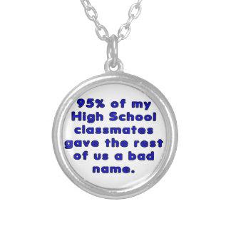 Sarcasmo del curso de graduación de High School se Colgantes
