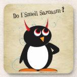 Sarcasmo malvado de Penguin™ Posavasos De Bebidas