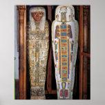 Sarcófago egipcio cubierto con los hieroglyphics ( póster