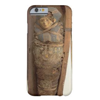 Sarcófago y cuerpo mummified de Psametik I (664- Funda De iPhone 6 Barely There