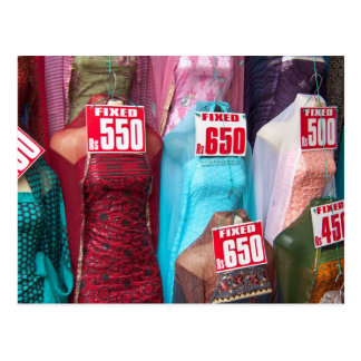Sari india para la postal de la venta