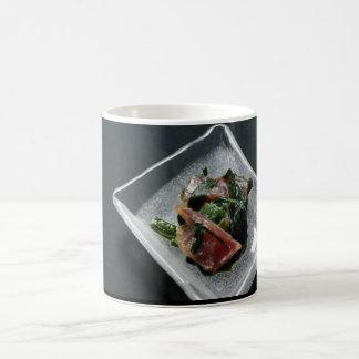 Sashimi en Japan Cup Taza Básica Blanca