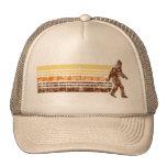 Sasquatch apenó el gorra retro del camionero del v