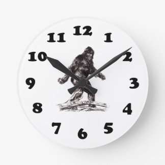Sasquatch Bigfoot Reloj Redondo Mediano