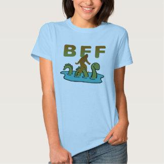 Sasquatch y el Nessie son BFF Poleras