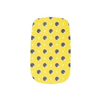 Sassy Polka Dots Minx Nails - Yellow Minx ® Nail Wraps