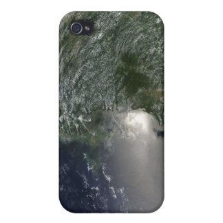 Satellite view of an oil spill iPhone 4/4S cases