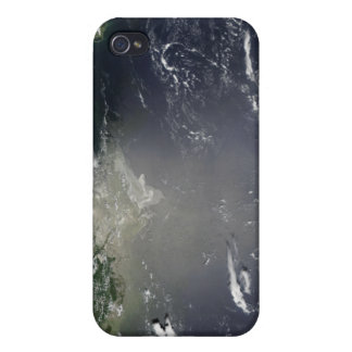 Satellite view of oil leaking iPhone 4 cases
