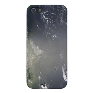 Satellite view of oil leaking iPhone 5/5S cover