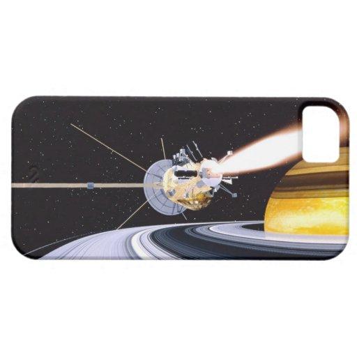 Saturn que está en órbita por satélite iPhone 5 Case-Mate protector