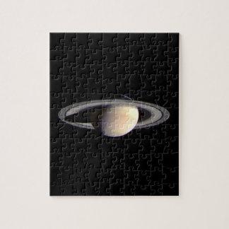 Saturn Rompecabeza