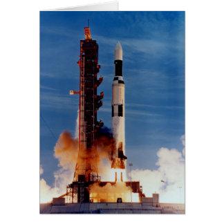 Saturn V pone en marcha la estación espacial de Sk Tarjeta De Felicitación