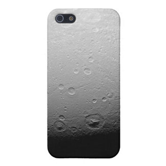 Saturn's moon Dione 2 iPhone SE/5/5s Cover