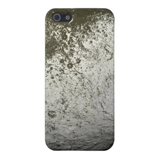 Saturn's moon Iapetus 2 iPhone 5 Case