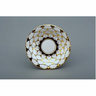 Saucer plate with attractive design standing photo sculpture