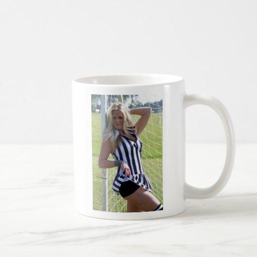 Sav Model Lisa Mug
