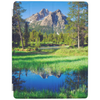Sawtooth Wilderness iPad Smart Cover
