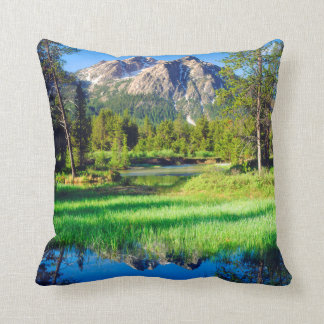 Sawtooth Wilderness Throw Pillow