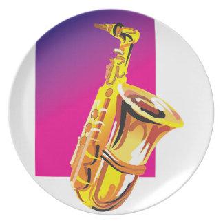 Saxofón chillón plato de comida