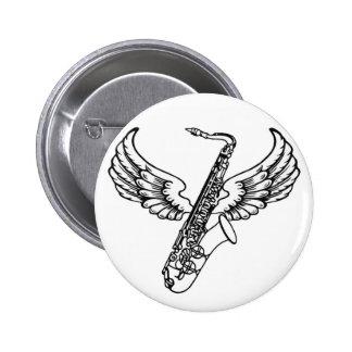 Saxofón con alas pin