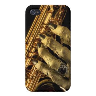 Saxofón con la mano del monstruo iPhone 4/4S fundas