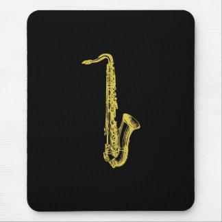 Saxofón de cobre amarillo alfombrillas de ratones