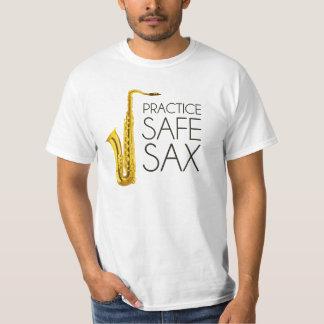 Saxofón de la caja fuerte de la práctica polera