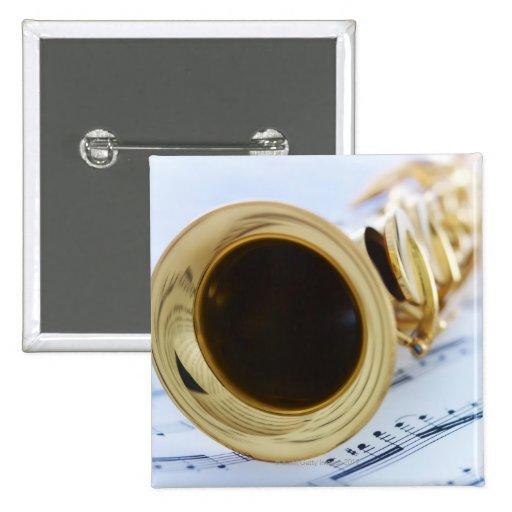Saxofón del soprano pins