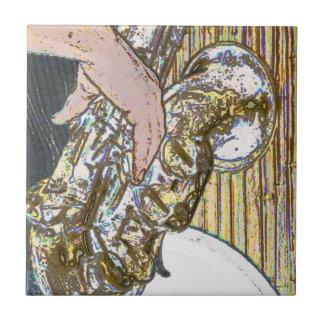 saxofón posterized del jugador de saxofón de oro azulejo cerámica