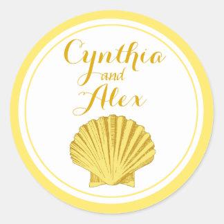 Scallop Seashell Beach Wedding | yellow Classic Round Sticker