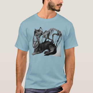Scared cat skeleton tshirt