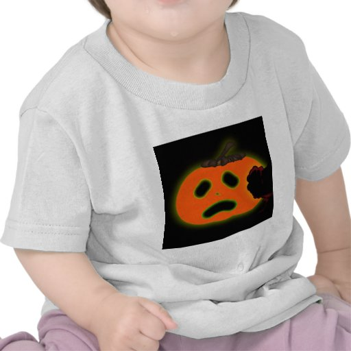 Scared  Halloween pumpkin Tee Shirt
