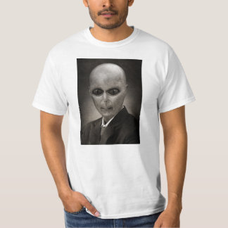 Scary alien portrait t-shirt