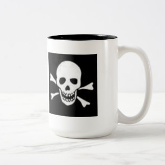 SCARY HALOWEEN SKULL CROSSBONES MUG