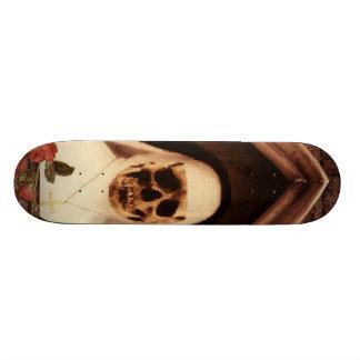 Scary now skateboard