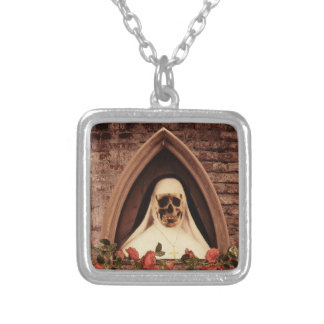 Scary now square pendant necklace