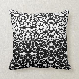 Scatterbeans - black/white throw pillow