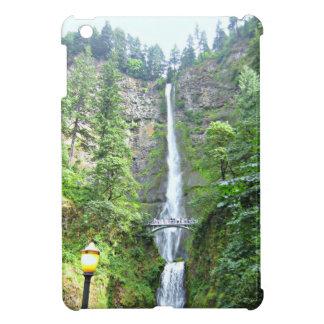 Scenic Multnomah Falls iPad Mini Cases