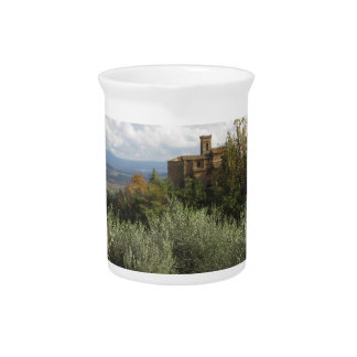 Scenic view of typical Tuscany landscape Drink Pitchers