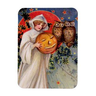 Schmucker: On Halloween Magnet
