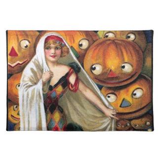 Schmucker: The Magic Halloween Placemat