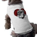 Schnauzer con el corazón ropa de mascota