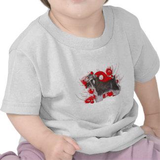 Schnauzer con los círculos rojos camisetas
