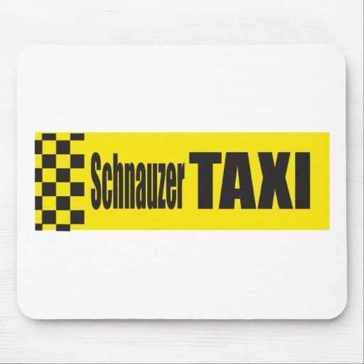 Schnauzer del taxi alfombrillas de raton