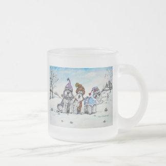 Schnauzers en invierno tazas