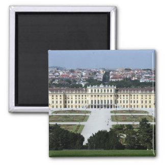 schönbrunn magnet