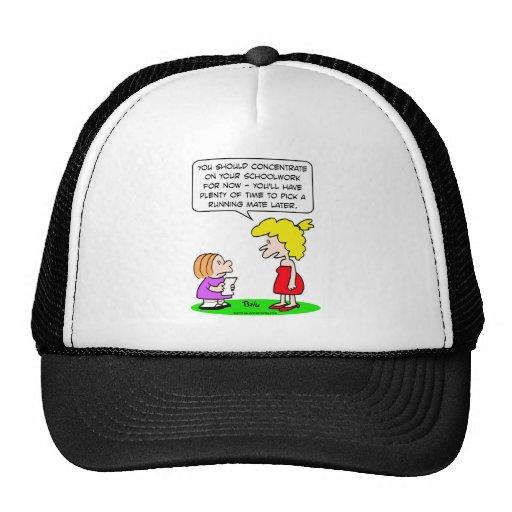 schoolwork del candidato a la vice-presidencia de  gorras de camionero