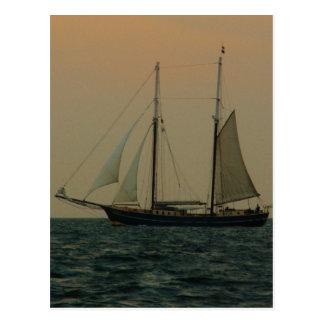 Schooner histórico tarjeta postal
