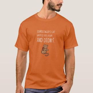 Schrödinger's Cat Walked Into a Bar Orange T-Shirt